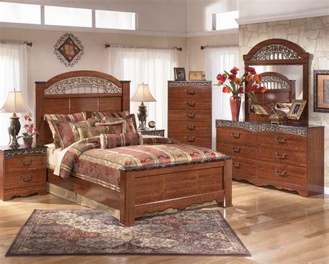 Ashley Bedroom B105 Fairbrooks Estate Best Rents Plus