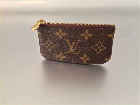 louis vuitton schlüsseletui louis vuitton monogram canvas schl 252 sseletui ankauf