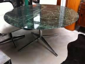 Table Ronde En Marbre : table ronde en marbre vert florence knoll 1980 design market ~ Mglfilm.com Idées de Décoration