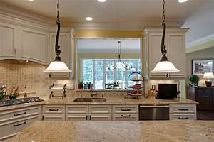 Love The Drop Down Light Fixtures And Granite And Backsplash