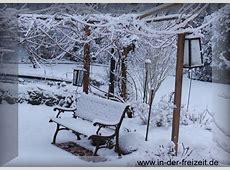 Bild Winter Schnee und Gartenbank verschneiter Garten