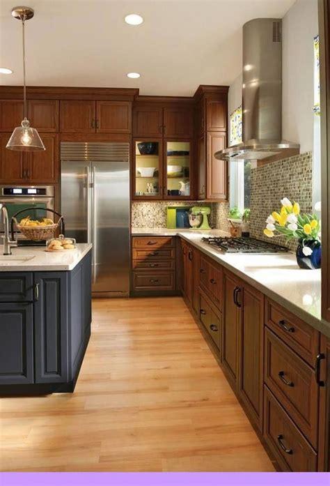 dark light oak maple cherry cabinetry  kitchen