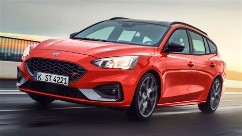 Focus St Wagon by Take A Look At The Ford Focus St Wagon With 608l Of Boot