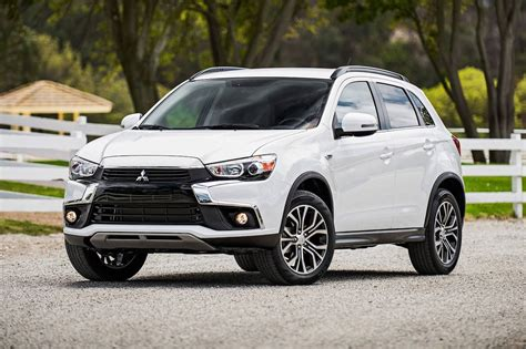 Images used here are of certain specification for certain location and certain model year. mitsubishi-asx-2017-foto-2-website - Vissersdijk