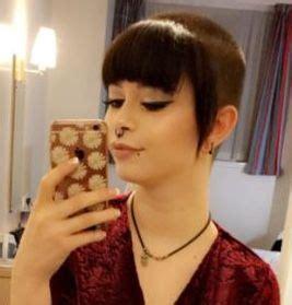 Chelsea Haircut Girl - bpatello