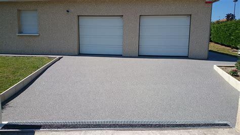 moquette de exterieur devanture de garage en moquette de marbre 224 montpellier gm services