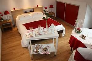 location chambre d39hotes la maison magdala ref 4175 a With affiche chambre bébé avec grand bouquet de fleurs