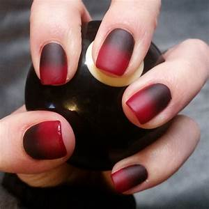 Black and red nail art designs design trends