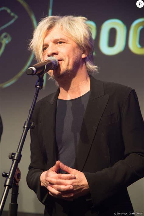 Nicolas henri didier sirchis (french pronunciation: Nicola Sirkis - 3ème Gala caritatif des Stéthos d'Or qui récompensent les artistes qui ...