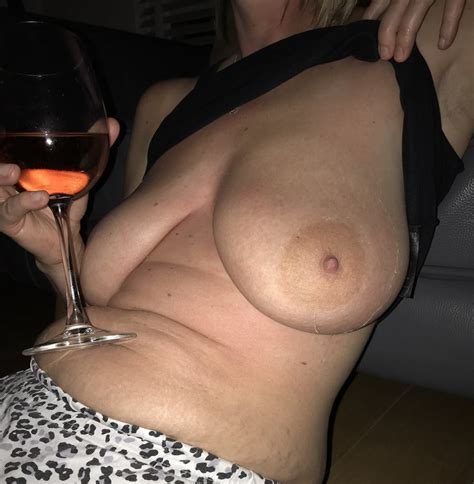 Big Tits Hairy Mature Slut Wife Shows Off Sexy MILF Body