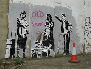 Banksy's Graffiti #5: Heritage and Modern Culture | Vostok ...