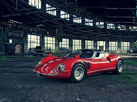 The Alfa Romeo 33 Stradale (silodrome