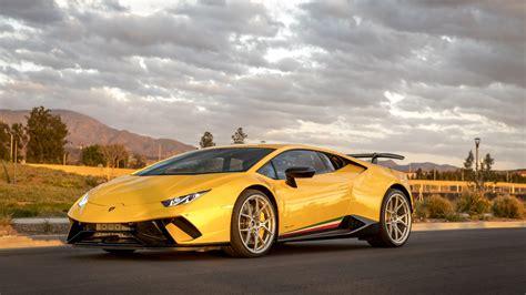 Lamborghini Peformante Huracan Yellow lamborghini wallpapers, lamborghini huracan wallpapers ...