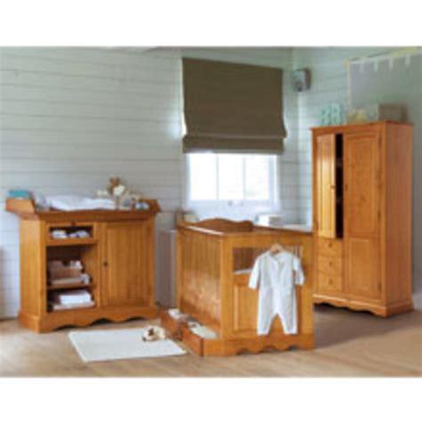 chambre pin massif chambre bébé pin massif gawwal com