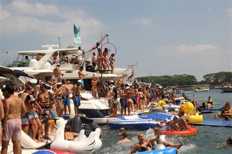 Chicago Party Boat chicago scene boat party charter boats available