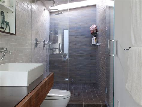 narrow bathroom idea  minimalist house  home ideas