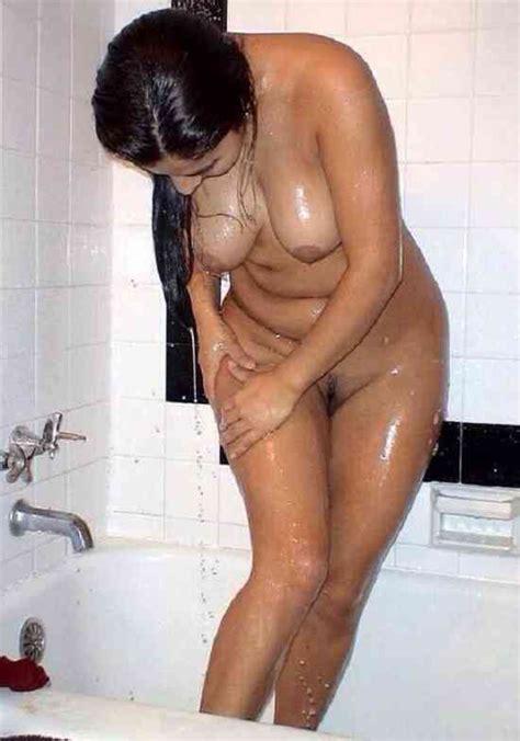 Sex Images Indain Hot Mature Girl Full Nangi Bathing Sexy