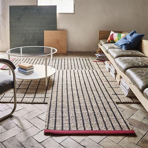 ikea tapis de cuisine tapis de cuisine ikea inspirations avec cuisine brun noir images frieslandvaart