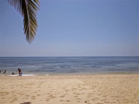 Marinduque Chronicles: Poctoy White Beach - The Wandering Juan