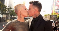 Pink's Anniversary Message For Carey Hart on Instagram ...