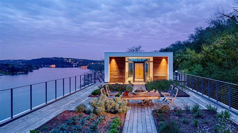 austin rooftop modern cliff texas garden spectacular contemporary dwelling entry lake architects 1970s homes specht deck classic roof eco friendly