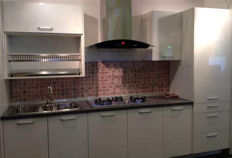 kitchen cabinet interior design home interior design kuala lumpur malaysia small kitchen cabinet design malaysia