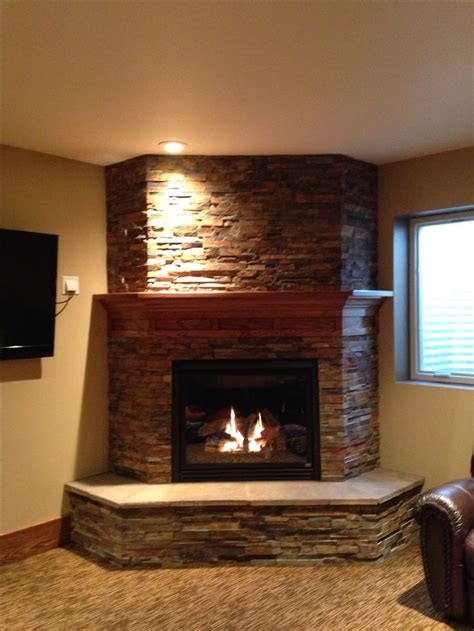 basement fireplace   idea    sides  give