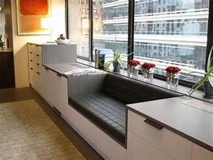 Küche Mit Sitzbank : die sitzecke besteht aus einer sitzbank zwischen schr nken ~ Michelbontemps.com Haus und Dekorationen