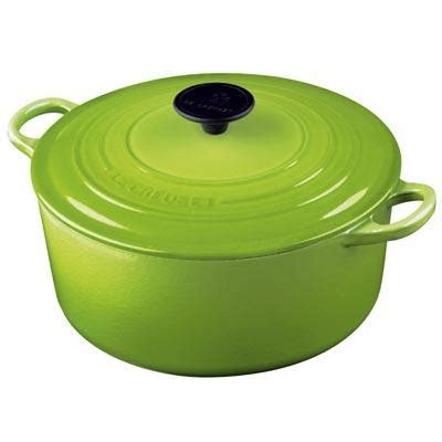 who did what to who le creuset
