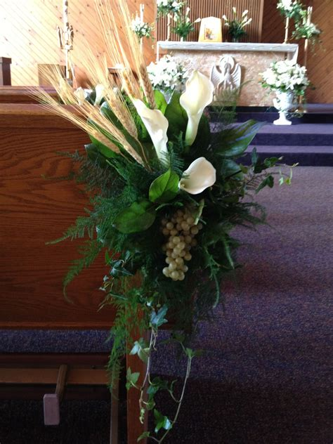 pew markers   holy communion church decor