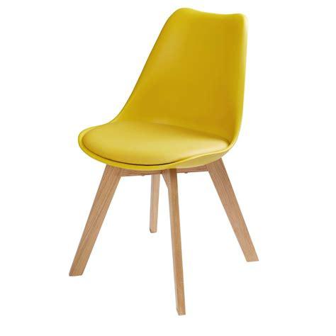 chambre de bébé pas chere chaise scandinave jaune moutarde maisons du monde