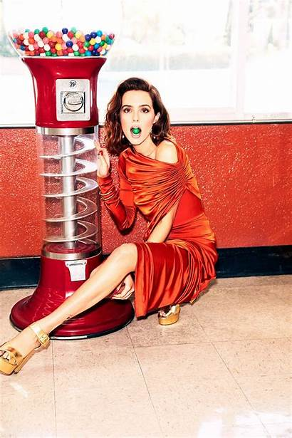 Zoey Deutch Photoshoot Cosmopolitan Magazine Nude Feet