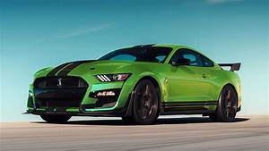 Shelby GT500 Mustang Revealed In Grabber Lime Ahead Of St. Patrick's Day - autoevolution