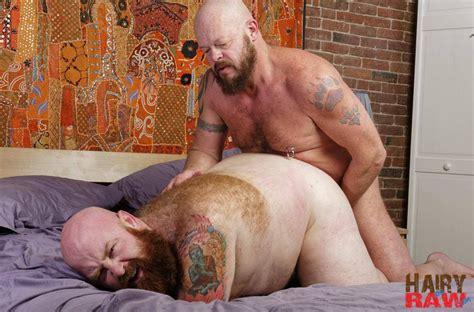 Gruff Hunter And Tate Taylor At Hairy And Raw Gay Tube