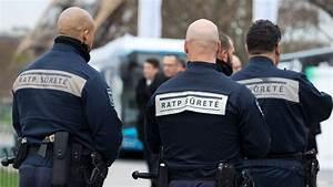 Agent De Sureté Sncf Salaire : armes palpations patrouilles les pouvoirs des agents sncf et ratp tendus l 39 express ~ Medecine-chirurgie-esthetiques.com Avis de Voitures