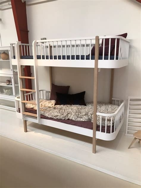 wood whiteoak bunk bed ladder front oliver furniture