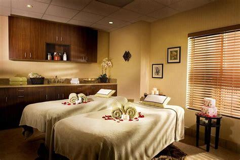 massage room decorating ideas