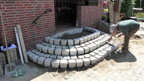 eingangstreppen selber bauen treppe aus granit steine mov