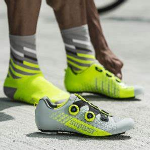 New Pro trail affordable carbon road & updated colors
