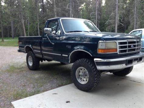 "1994 FORD F150 4WD Short Bed 5.8L V8, New 32"" Tires, 3"
