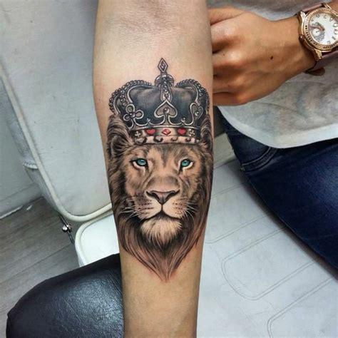 tatouage couronne homme 1001 id 233 es en photos de tatouage inspirez vous de l des tatoueurs