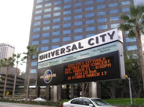 Photo Of Universal City Sign