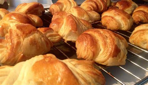 pate a croissant au beurre 28 images croissants et pains au chocolat au beurre p 226 te 224