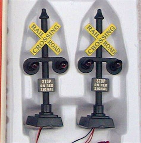 Scale Trains Lighted Railroad Crossing Signals Pcs