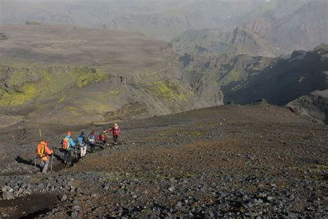 Volcano Hike Over Fimmvorduhals Pass Day Tour Guide To