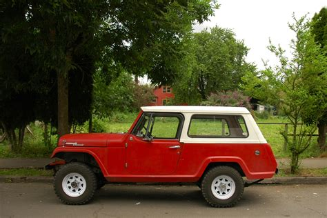 older jeep vehicles old parked cars 1968 jeep jeepster commando
