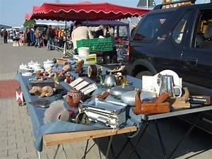 Flohmarkt In Bremerhaven : letzter brake flohmarkt am sonntag 12 oktober sonntagsfloh ~ Markanthonyermac.com Haus und Dekorationen