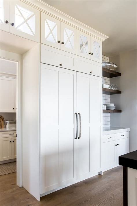 lighted small kitchen cabinets design ideas