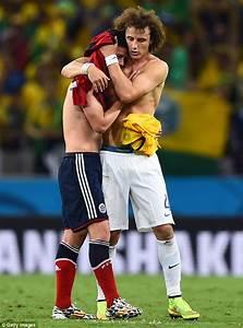 Brazil bruise Colombia as Golden Boot frontrunner James ...