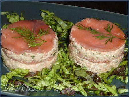 cuisine pavé de saumon millefeuille de saumon fumé recette